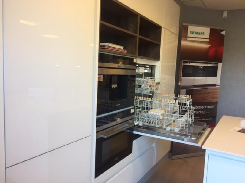 Keukens greeploos Interieurs op maat Projecten T&A